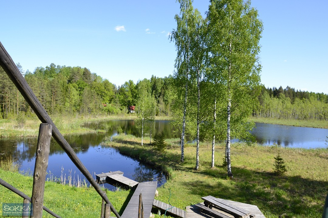 Trepp järve äärde