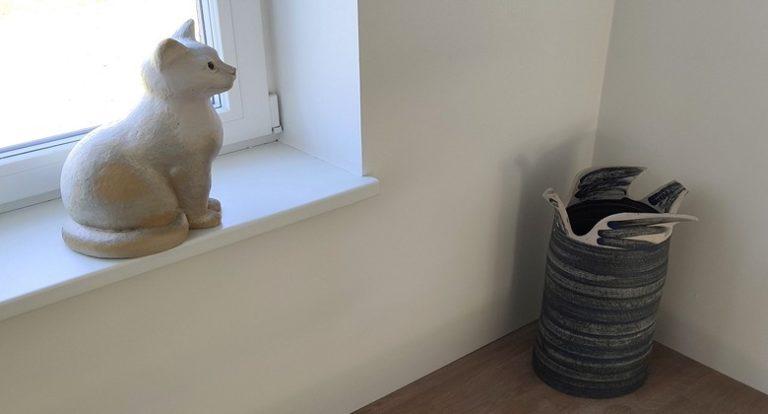 Galeriisse-kass ja vaasid (2)